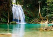 Paradise Waterfall In HD